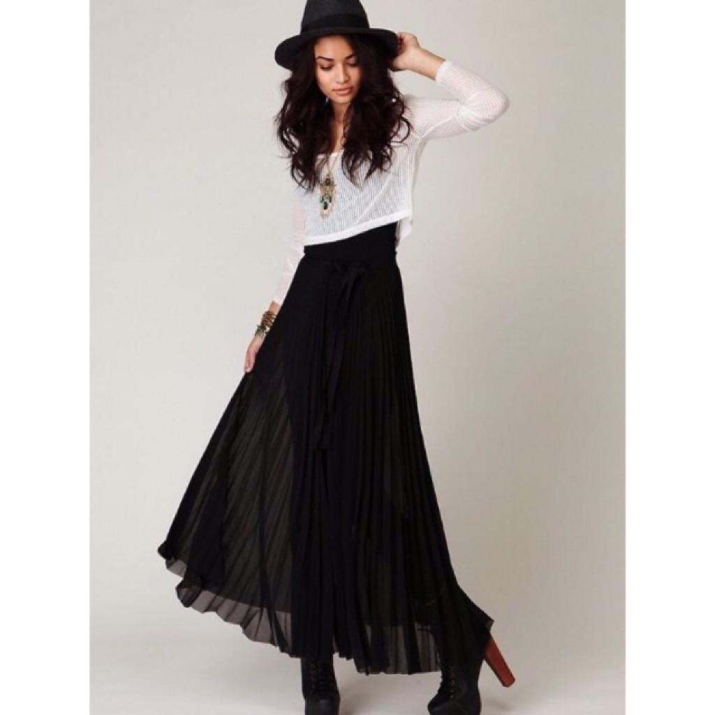 Black Maxi Pleated Skirt